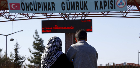 Syrian Refugees Wait on the Turkish Border as Impasse Prolongs a Disaster
